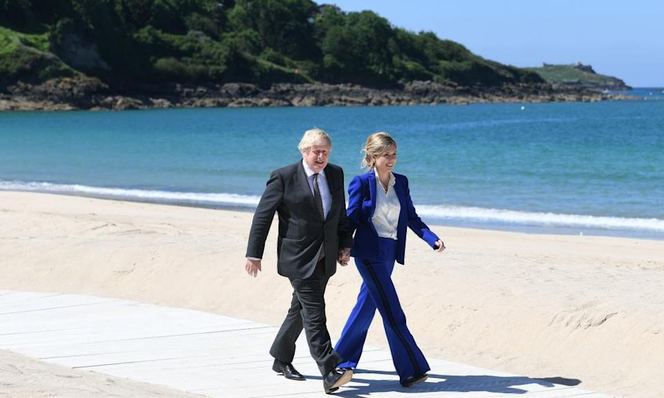Boris Johnson and his wife Carrie at Carbis Bay.