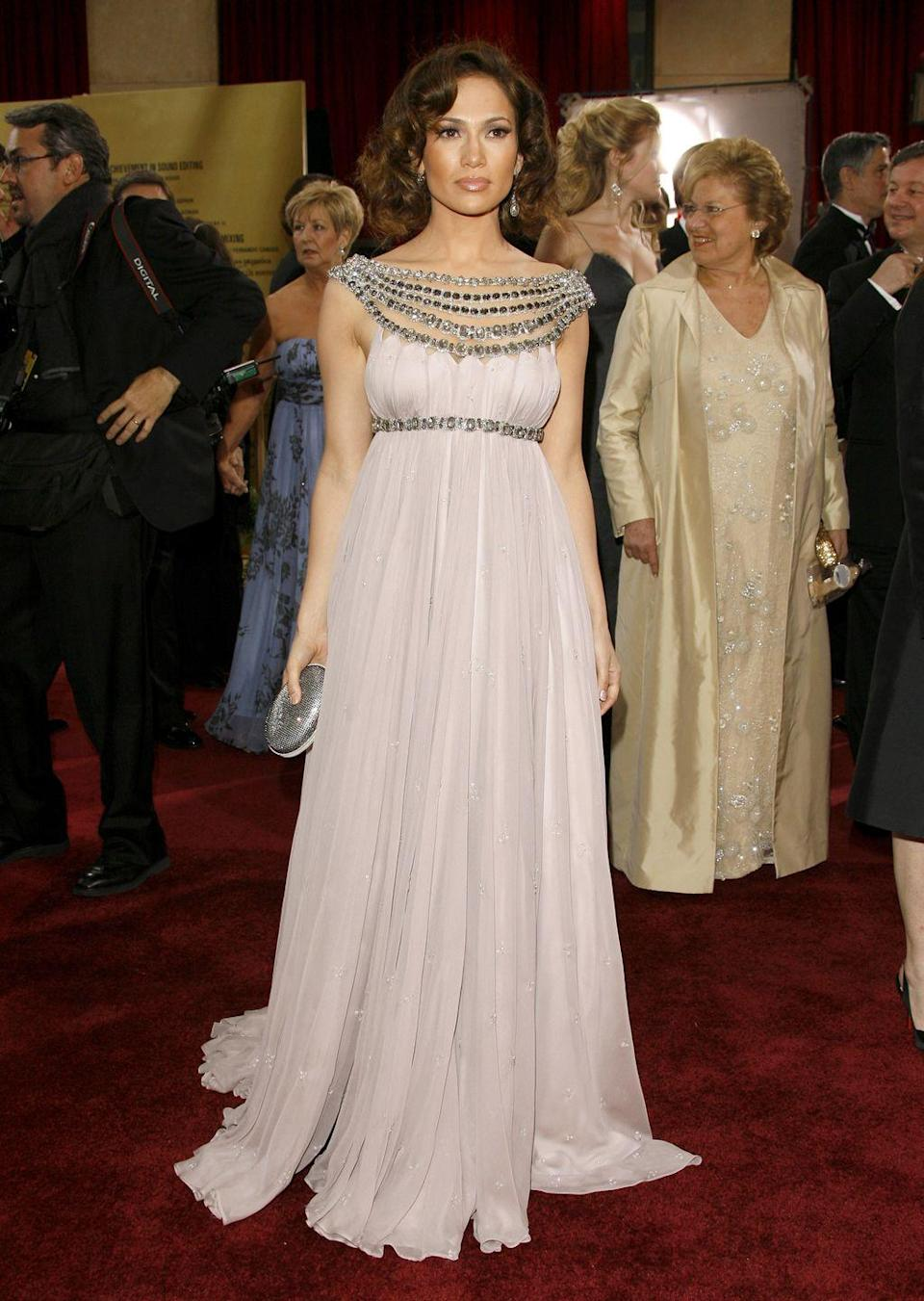 <p><strong>When: </strong>February 2007</p><p><strong>Where: </strong>The Academy Awards</p><p><strong>Wearing: </strong>Marchesa</p>