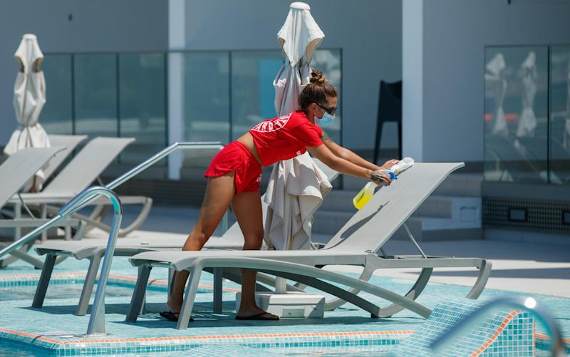 Sun loungers get a thorough cleaning at a Tui resort - BEN QUEENBOROUGH/PINPEP