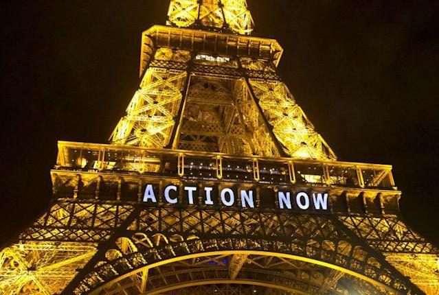The Eiffel Tower during theUnited Nations Climate Change Conference in Paris, Dec. 6, 2015. (Photo: Michel Euler/AP)