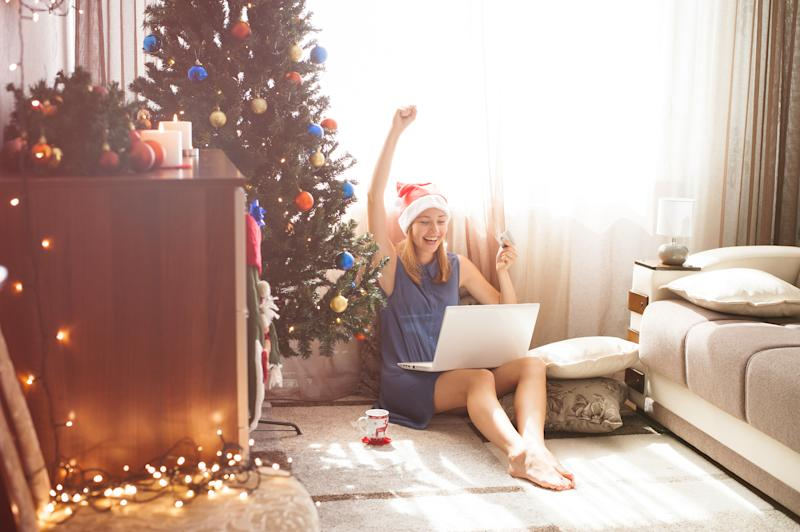 Insider tips on how to bag an online bargain this Boxing Day [Photo: Getty]