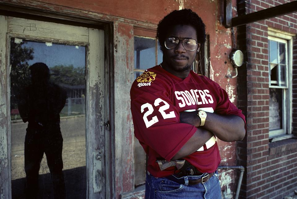 PHILADELPHIA, MS - 1983: Marcus Dupree of the Oklahoma Sooners at home in June 1983 in Philadelphia, Mississippi. (Photo by Ronald C. Modra/Getty Images)