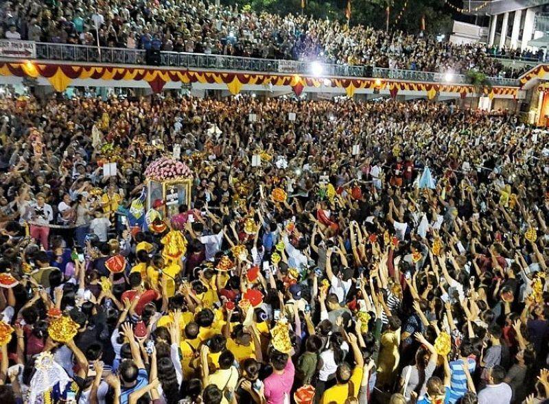 300,000 devotees join 'Walk with Mary' 2020