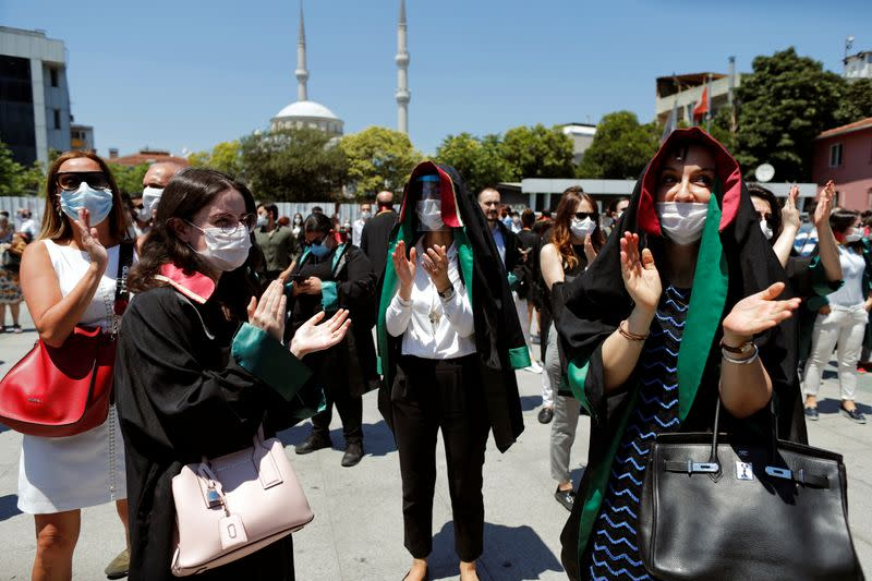 Turkish lawyers protest against government plan to reform bar associations