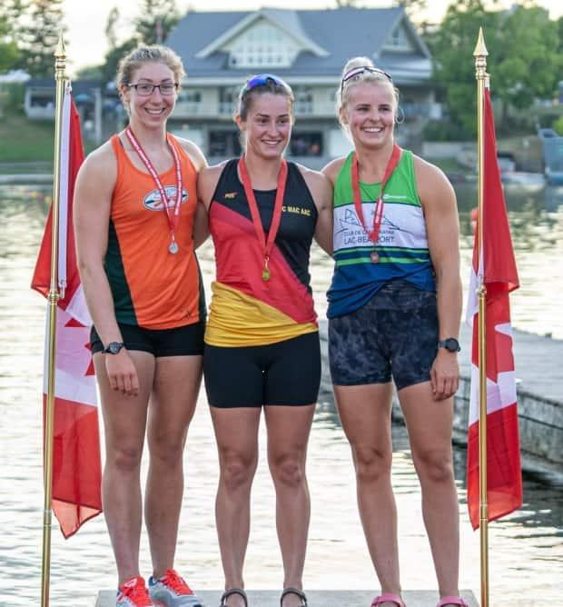 Grace Whebby (center) was the winner in the senior women's K-1 200 metre event at the 2021 Sprint Nationals in Ottawa. (Canoe Kayak Canada - image credit)