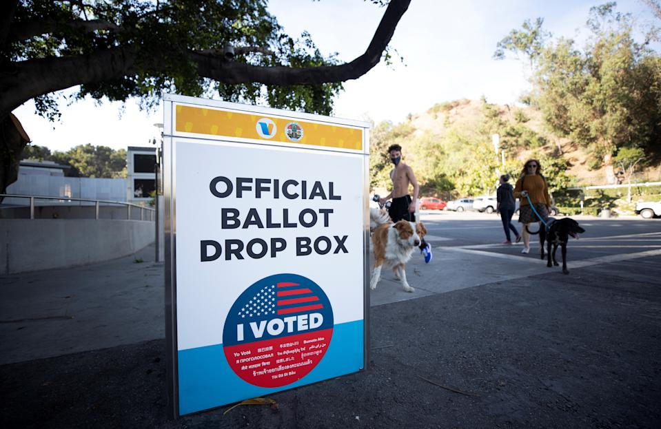 An official ballot box in Los Angeles County is pictured during the U.S. presidential election outside the Hollywood Bowl during the coronavirus disease (COVID-19) outbreak in Los Angeles, California, United States, on October 26, 2020. REUTERS / Mario Anzuoni