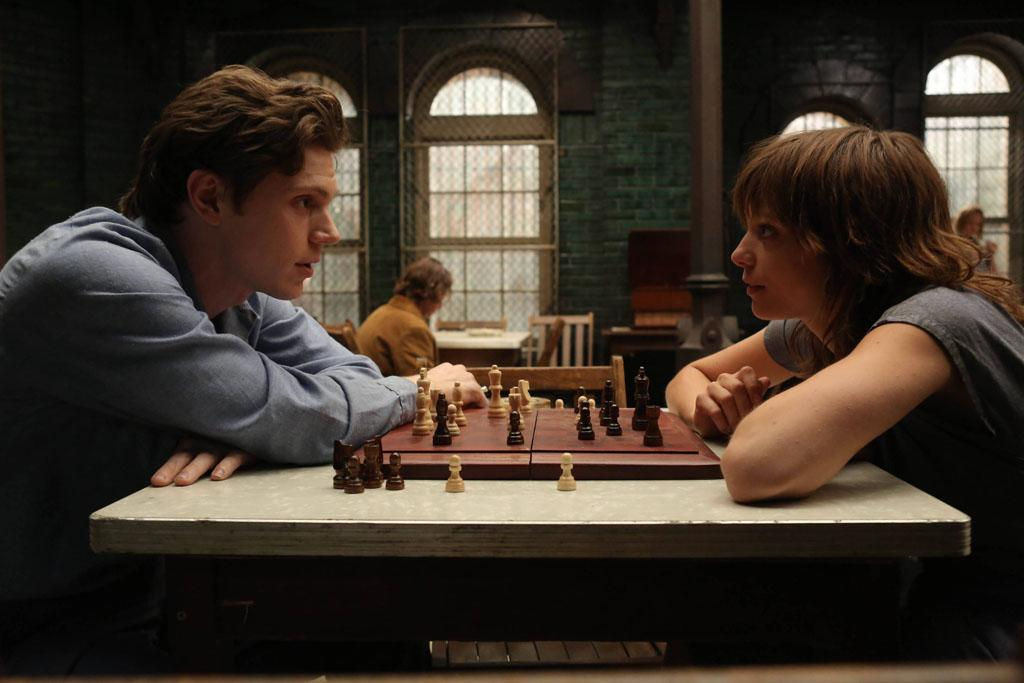 """Evan Peters as Kit and Lizzie Brochere as Grace in the """"American Horror Story: Asylum"""" episode, """"Nor'easter."""""""