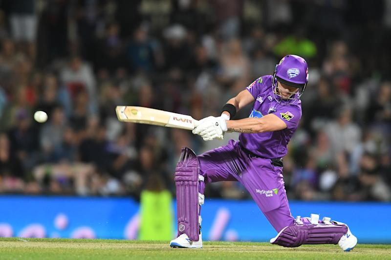 D'Arcy Short of the Hurricanes in action during the Big Bash League eliminator finals match between the Hobart Hurricanes and the Sydney Thunder at Blundstone Arena on January 30, 2020 in Hobart, Australia. (Photo by Steve Bell/Getty Images)