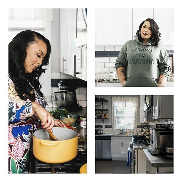 """<p>Angela used to work as an accountant, but after founding her site <a href=""""https://www.kitchenistadiaries.com/"""" rel=""""nofollow noopener"""" target=""""_blank"""" data-ylk=""""slk:The Kitchenista Diaries"""" class=""""link rapid-noclick-resp"""">The Kitchenista Diaries</a>, she's become a super-star culinary entrepreneur. She takes your favorite comfort foods to the next level. We guarantee you'll find a new go-to Sunday dinner recipe here.</p><p><a href=""""https://www.instagram.com/p/CA_DRxNpNDe/"""" rel=""""nofollow noopener"""" target=""""_blank"""" data-ylk=""""slk:See the original post on Instagram"""" class=""""link rapid-noclick-resp"""">See the original post on Instagram</a></p>"""