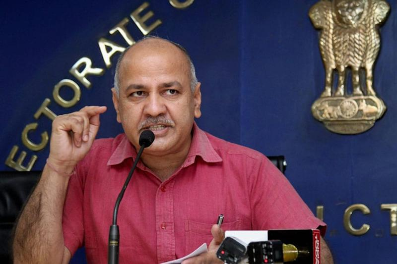 'It's Not Amit Shah Model Vs Kejriwal Model': Sisodia Protests Rule on Virus Patients