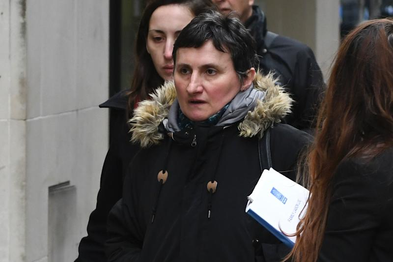 The mother of the murdered Frenchwoman arrives in court