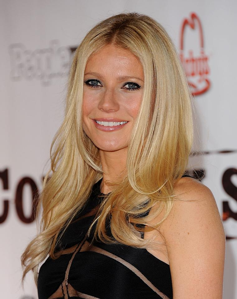 """<a href=""""http://movies.yahoo.com/movie/contributor/1800018601"""">Gwyneth Paltrow</a> attends the Nashville premiere of <a href=""""http://movies.yahoo.com/movie/1810133348/info"""">Country Strong</a> on November 8, 2010."""