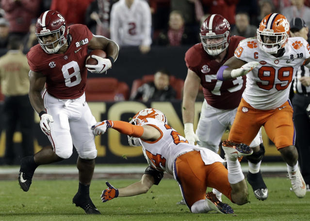 Alabama's Josh Jacobs runs during the first half the NCAA college football playoff championship game against Clemson, Monday, Jan. 7, 2019, in Santa Clara, Calif. (AP Photo/David J. Phillip)