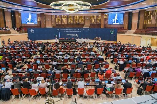 Nations agree on phase-out of super greenhouse gases