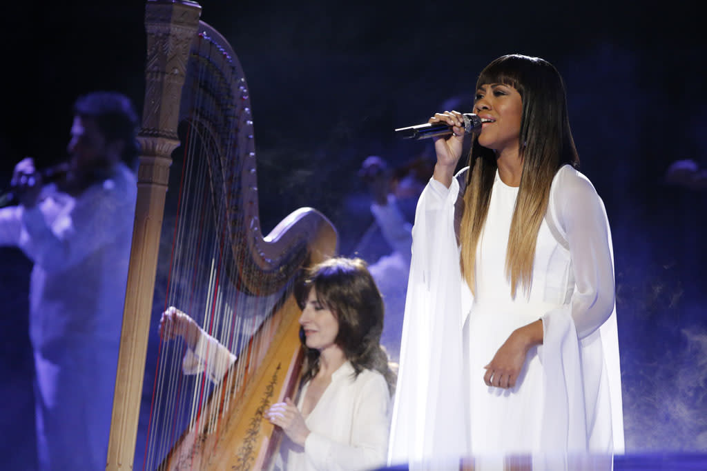 "Sasha Allen performs ""I Will Always Love You"" on the ""Live Semi-Final Performances"" episode of ""The Voice"" Season 4."