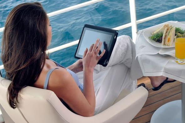 win an ipad, travel competition