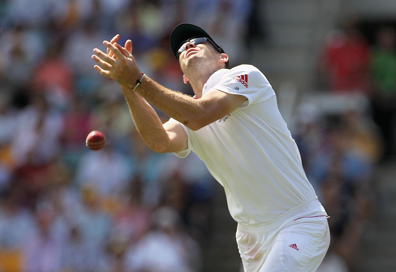 BRISBANE, AUSTRALIA - NOVEMBER 27:  James Anderson of England drops a catch from Brad Haddin of Australia during day three of the First Ashes Test match between Australia and England at The Gabba on November 27, 2010 in Brisbane, Australia.  (Photo by Hamish Blair/Getty Images)