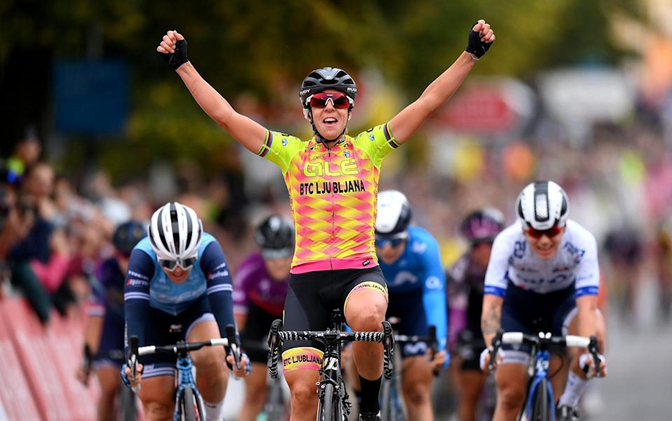 Marta Bastianelli of Italy and Team Ale' Btc Ljubljana celebrates winning ahead of Chloe Hosking of Australia and Team Trek - Segafredo and Clara Copponi of France and Team FDJ Nouvelle - Aquitaine Futuroscope during the 7th The Women's Tour 2021 - Stage 1 a 147,7km stage from Bicester to Banbury - GETTY IMAGES