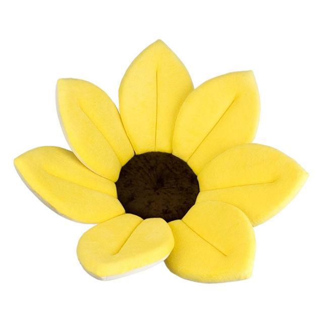 """<p>This is a great alternative to traditional baby bath tubs - plus, it makes bathing a newborn in the sink a whole lot easier. <em>(Sunflower bath, BLOOMING BATH, $40)</em></p><p><a rel=""""nofollow noopener"""" href=""""https://www.amazon.com/Blooming-Bath-Lotus-Light-Yellow/dp/B007S1T4Q0/?tag=syndication-20&th=1&"""" target=""""_blank"""" data-ylk=""""slk:BUY NOW"""" class=""""link rapid-noclick-resp"""">BUY NOW</a></p>"""
