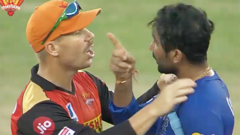 David Warner stepped in after Rahul Tewatia became heated after hitting the winning runs for Rajasthan Royals.