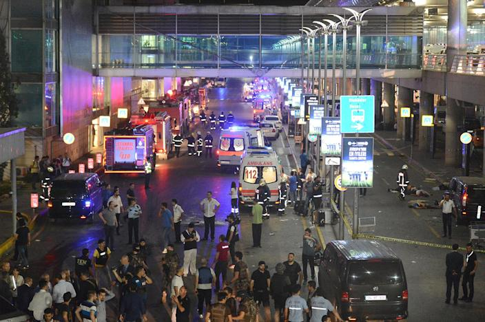 <p>People walk outside Turkey's largest airport, Istanbul Ataturk, Turkey, following a blast June 28, 2016. (REUTERS/Ismail Coskun/IHLAS News Agency). </p>