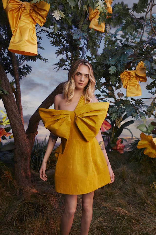 <p>We're dreaming of this yellow number.</p>