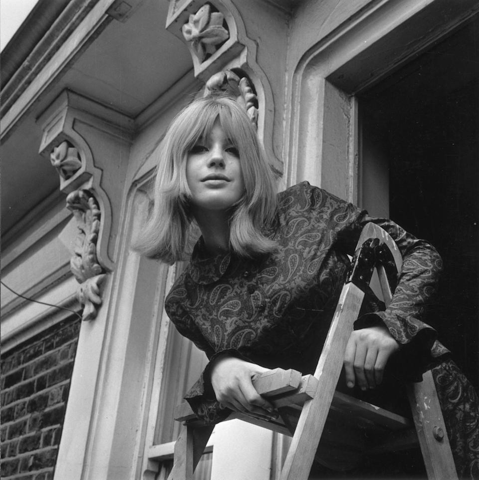 English singer, actress and 60s icon Marianne Faithfull, girlfriend of Rolling Stone Mick Jagger.   (Photo by Fred Mott/Getty Images)