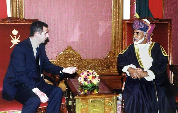 Sultan Qaboos meeting Syrian President Bashar al-Assad in Muscat in May 2001 (AFP Photo/MOHAMMED MAHJOUB)