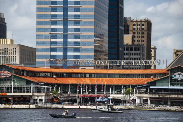 <p>The coast guard patrols the St John's river outside of the Jacksonville Landing in Jacksonville, Fla., Sunday, Aug. 26, 2018. Florida authorities are reporting multiple fatalities after a mass shooting at the riverfront mall in Jacksonville that was hosting a video game tournament. (Photo: Laura Heald/AP) </p>