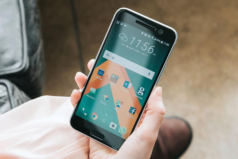 HTC's early Black Friday sale leaves plenty of time for family or whatever