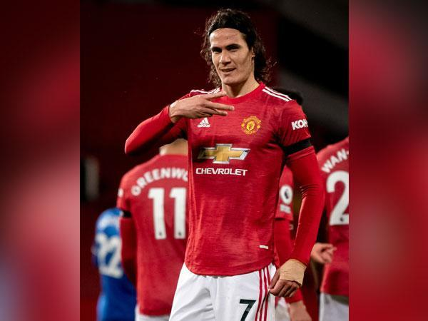 Manchester United's Edinson Cavani in action against Everton (Photo/ Manchester United Twitter)