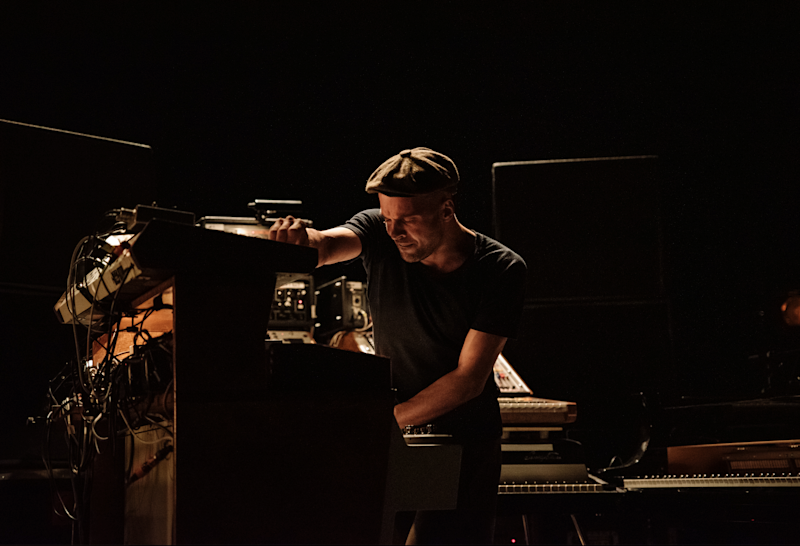 Frahm fills the Hammersmith Apollo with a miasma of melancholy: Michel Augustini