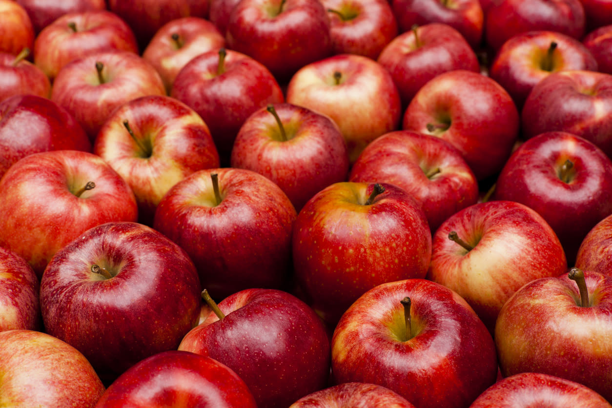 "<p>An apple a day keeps the doctor away! <a href=""https://www.thedailymeal.com/healthy-eating/apple-ever-day-science-gallery?referrer=yahoo&category=beauty_food&include_utm=1&utm_medium=referral&utm_source=yahoo&utm_campaign=feed"">And that's according to science</a>. But <a href=""http://directory.trihealth.com/details/1139/rachel-pauls-female_pelvic_med_and_reconstructive_surgery-cincinnati-clifton-west_chester?referrer=yahoo&category=beauty_food&include_utm=1&utm_medium=referral&utm_source=yahoo&utm_campaign=feed"">Rachel Pauls</a>, MD, a surgeon with Cincinnati Urogynecology Associates, stays away from apples because they are a high-FODMAP food. FODMAP is a group of compounds, particularly short-chain carbohydrates, which she says contribute to irritable bowel syndrome and gastrointestinal disorders. Other high-FODMAP foods include <a href=""http://www.thedailymeal.com/best-recipes/garlic?referrer=yahoo&category=beauty_food&include_utm=1&utm_medium=referral&utm_source=yahoo&utm_campaign=feed"">garlic</a>, <a href=""http://www.thedailymeal.com/best-recipes/onions?referrer=yahoo&category=beauty_food&include_utm=1&utm_medium=referral&utm_source=yahoo&utm_campaign=feed"">onions</a> and <a href=""http://www.thedailymeal.com/best-recipes/black-beans?referrer=yahoo&category=beauty_food&include_utm=1&utm_medium=referral&utm_source=yahoo&utm_campaign=feed"">black beans</a>. However, many people are able to maintain <a href=""https://www.thedailymeal.com/free-tagging-cuisine/gut-health?referrer=yahoo&category=beauty_food&include_utm=1&utm_medium=referral&utm_source=yahoo&utm_campaign=feed"">healthy digestion</a> without following this strict diet.</p>"