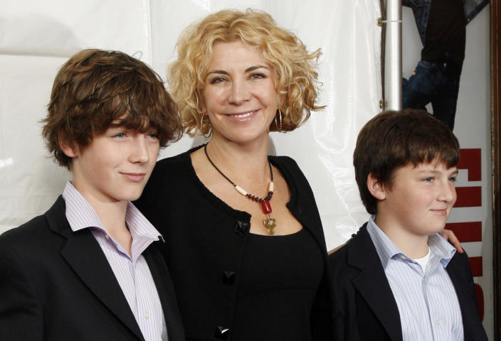 Natasha Richardson and her sons, Micheál and Daniel, at the Broadway opening of <em>Billy Elliot The Musical</em> in 2008. (Photo: AP Photo/Stuart Ramson)