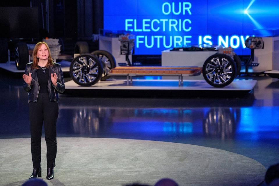 Mary Barra presents General Motors' Ultium battery technology.