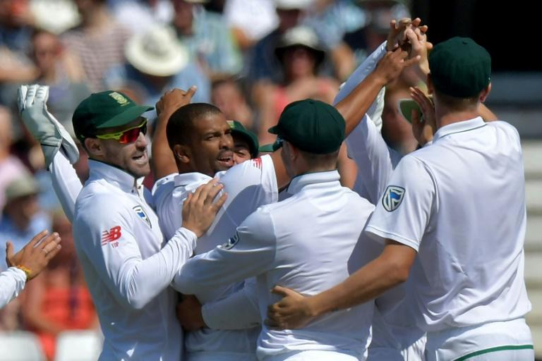 South Africa all-rounder Vernon Philander (2L) celebrates bowling out England's Keaton Jennings for 3 on the fourth day of the second Test at Trent Bridge in Nottingham, central England on July 17, 2017