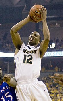Marcus Denmon scored nine straight points to lift Missouri ahead of Kansas in the closing seconds