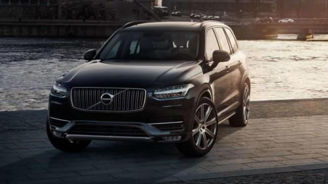 The in-car cameras and other sensors would allow the car to intervene by limiting the car's speed, alerting the Volvo on Call assistance service and, as a final course of action, actively slowing down and safely parking the car.