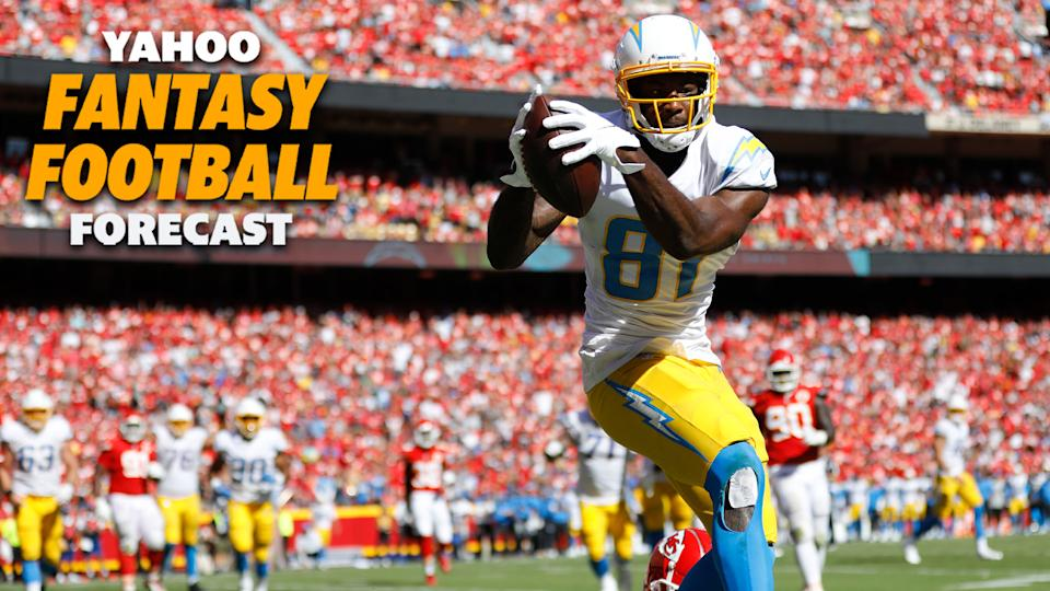Los Angeles Chargers WR Mike Williams catches a touchdown on Sunday as his team upset the Kansas City Chiefs 30-24. (Photo by David Eulitt/Getty Images)