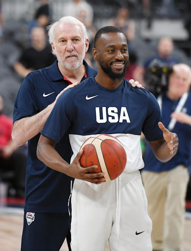 LAS VEGAS, NEVADA - AUGUST 09: Head coach Gregg Popovich (L) of the 2019 USA Men's National Team talks with Kemba Walker #26 of the 2019 USA Men's National Team before the 2019 USA Basketball Men's National Team Blue-White exhibition game at T-Mobile Arena on August 9, 2019 in Las Vegas, Nevada. (Photo by Ethan Miller/Getty Images)