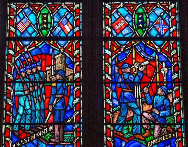 Stained glass window at The Washington National Cathedral in Washington, DC, depicts the life of US Civil War General Robert E. Lee, Commander of the Army of Northern Virginia (AFP Photo/PAUL J. RICHARDS)