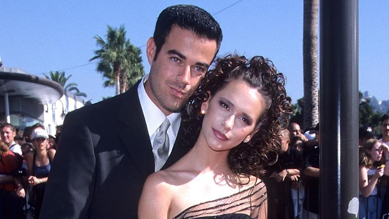 Jennifer Love Hewitt Posts Her Vmas Moment With Ex Carson Daly