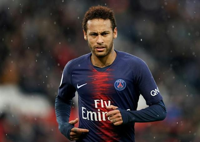 Neymar will stay at PSG for a third season (AFP Photo/Lionel BONAVENTURE)