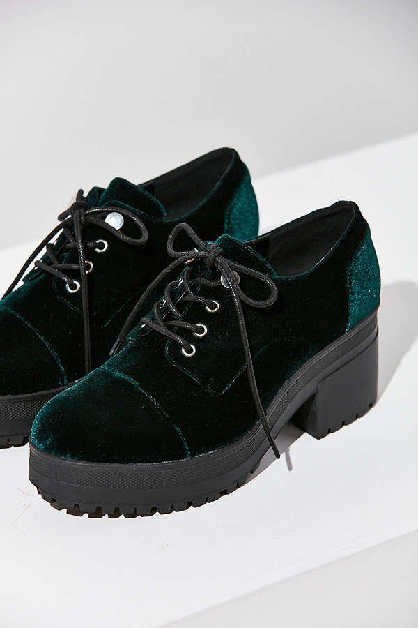 """<a href=""""https://www.urbanoutfitters.com/shop/sadie-velvet-bubble-toe-oxford?category=velvet-womens-clothing&color=030&quantity=1&type=REGULAR"""" target=""""_blank"""">Shop them here</a>."""