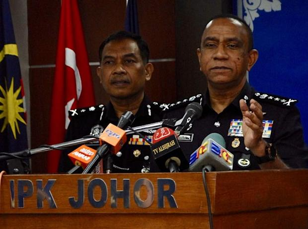 Mohd Khalil (right) said action will be taken if there is strong evidence linking the two police officers with the allegations. — Picture by Ben Tan