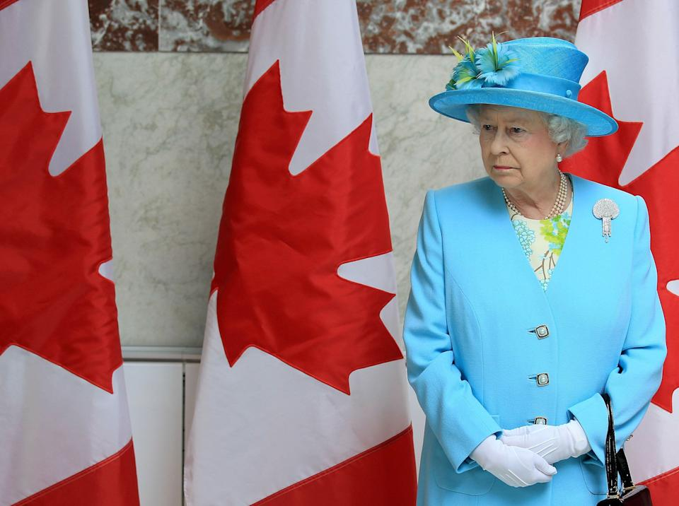 Queen Elizabeth II at the Canadian Museum of Nature in Ottawa on June 30, 2010. (Photo: Chris Jackson via Getty Images)