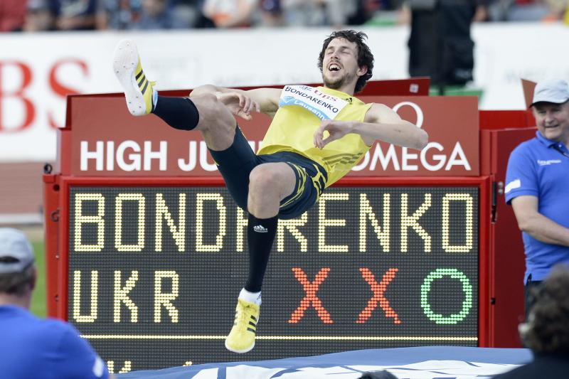 Bohdan Bondarenko from the Ukraine celebrates during the men's high jump event, at the Athletissima IAAF Diamond League athletics meeting in the Stade Olympique de la Pontaise in Lausanne, Switzerland, Thursday, July 4, 2013. (AP Photo/Keystone, Laurent Gillieron)