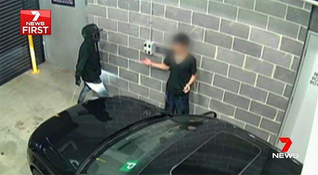 The crooks with machetes were having none of it. Source: 7 News