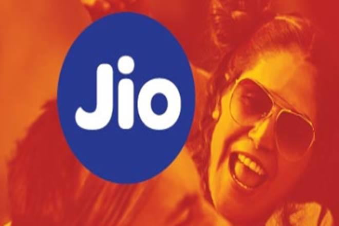 Reliance Jio has overtaken Airtel to report a combined AGR of over Rs 9,985 crore (Website image)