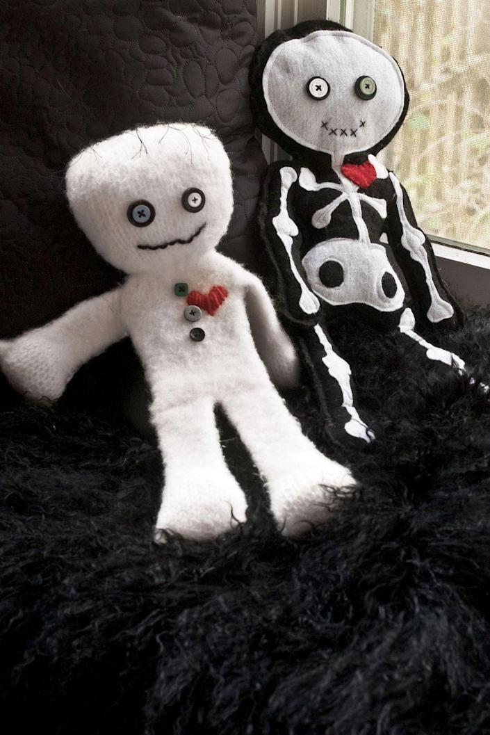 """<p>Show off your knitting skills by stitching together an adorable mummy doll to put on display. </p><p><strong><em><a href=""""https://www.womansday.com/home/crafts-projects/a28613023/felted-mummy-doll/"""" rel=""""nofollow noopener"""" target=""""_blank"""" data-ylk=""""slk:Get the Felted Mummy Doll tutorial"""" class=""""link rapid-noclick-resp"""">Get the Felted Mummy Doll tutorial</a>. </em></strong></p><p><a class=""""link rapid-noclick-resp"""" href=""""https://www.amazon.com/Polyester-Stuffing-Recycled-Resilience-Decoration/dp/B08QR8KNJV?tag=syn-yahoo-20&ascsubtag=%5Bartid%7C10070.g.2488%5Bsrc%7Cyahoo-us"""" rel=""""nofollow noopener"""" target=""""_blank"""" data-ylk=""""slk:SHOP FIBERFILL STUFFING"""">SHOP FIBERFILL STUFFING</a></p>"""